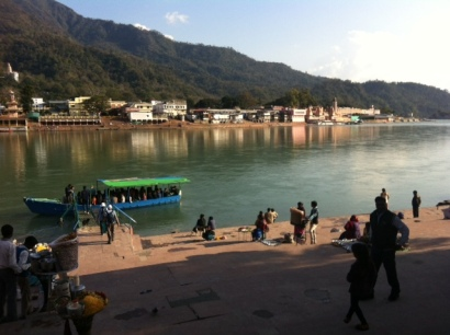 Ganj nehri kıyısı