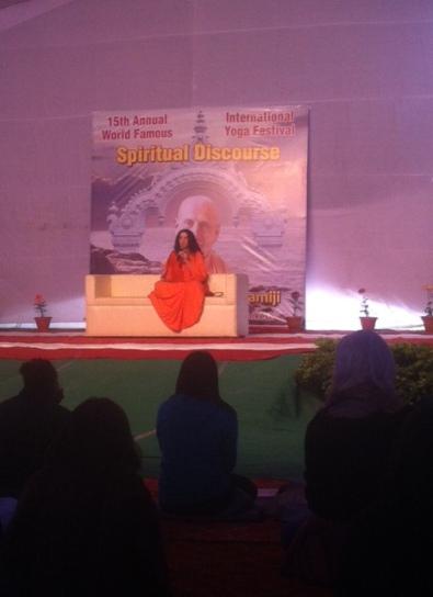 Uluslararsı Yoga Festivali 2014-Sadhvi Bhagawati Saraswati spiritual talk