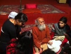 103 yaşındaki Swami Yoganandaji'nin dersi