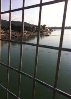 Rishikesh Köprüsü'nden